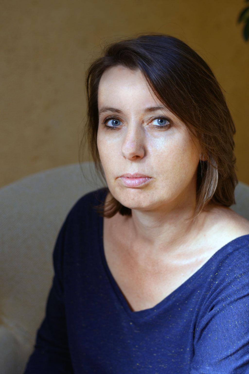 Portrait de Claire Barbaz, psychologue pour enfants, ado et adultes à Saint-Jean-de-Braye proche d'Orléans (45)